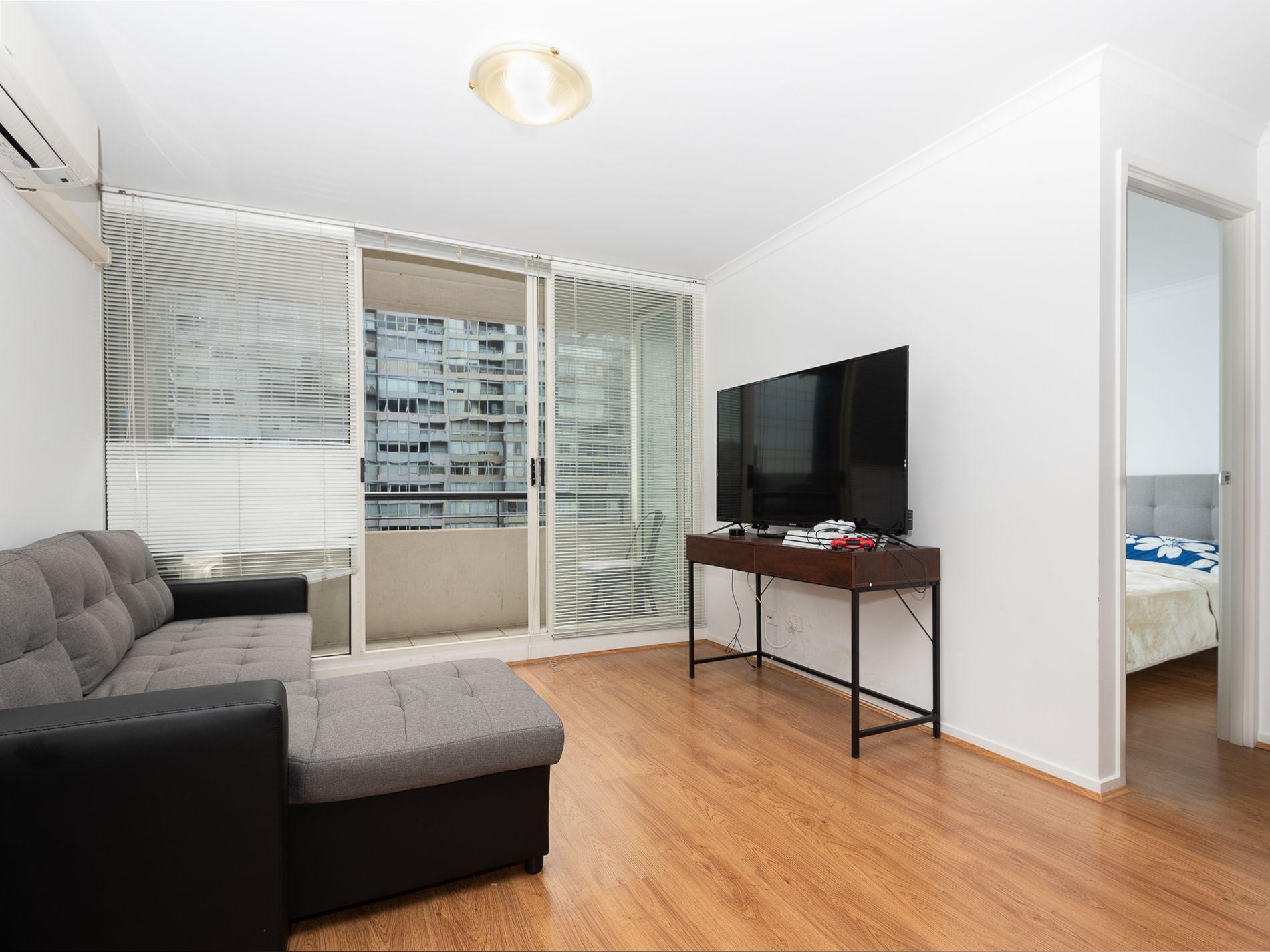 136 / 416 St Kilda Road, Melbourne