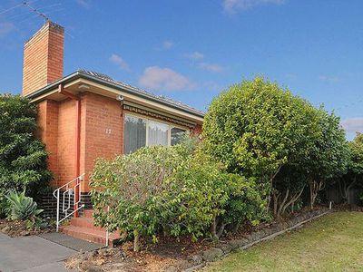 17 Willow Avenue, Glen Waverley