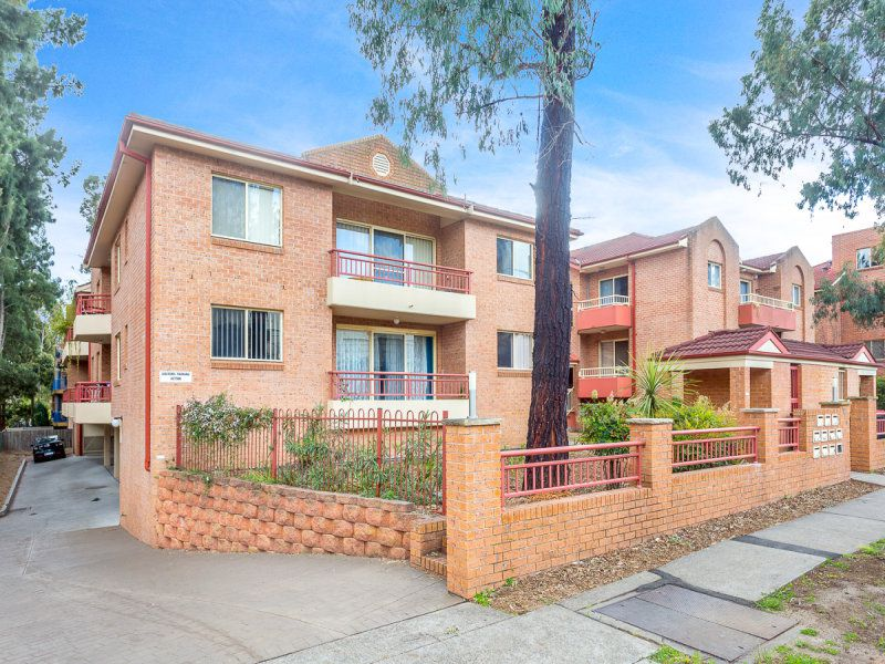 4 / 219 Dunmore Street, Pendle Hill