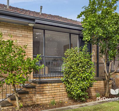4 / 207 Napier Street, Essendon