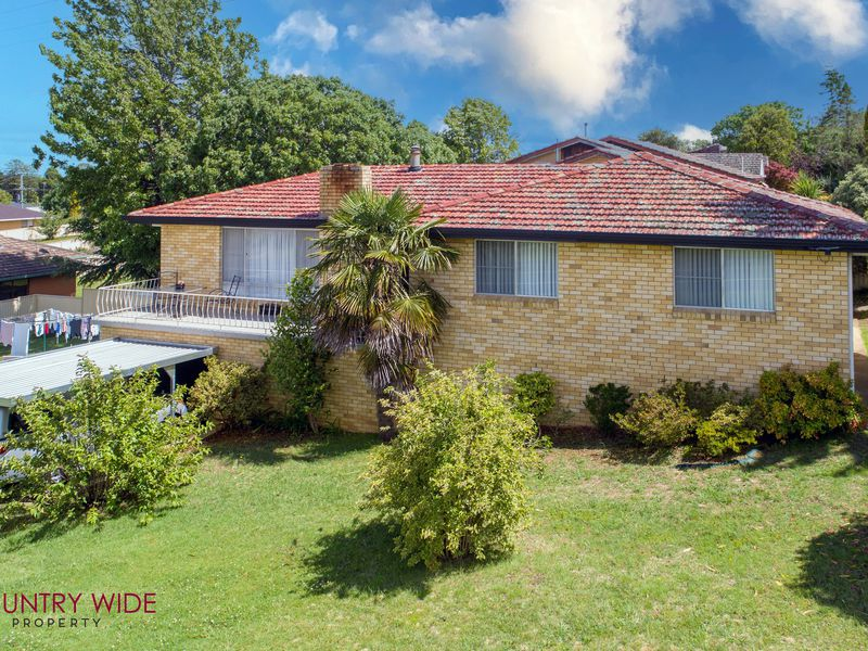 2 Oxford Street, Glen Innes