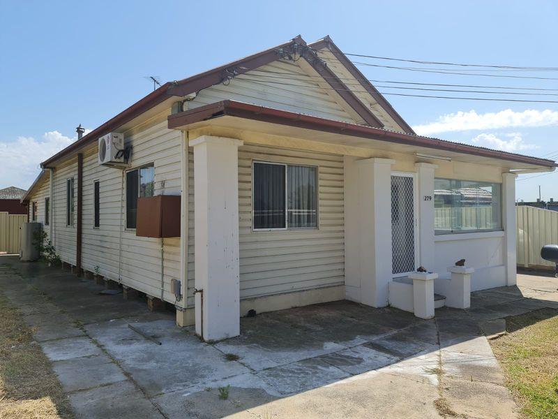 279 Cabramatta Road, Cabramatta