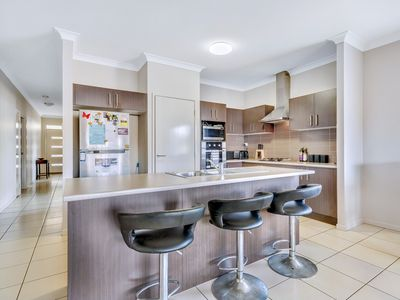 2 Erbin Lane, Augustine Heights