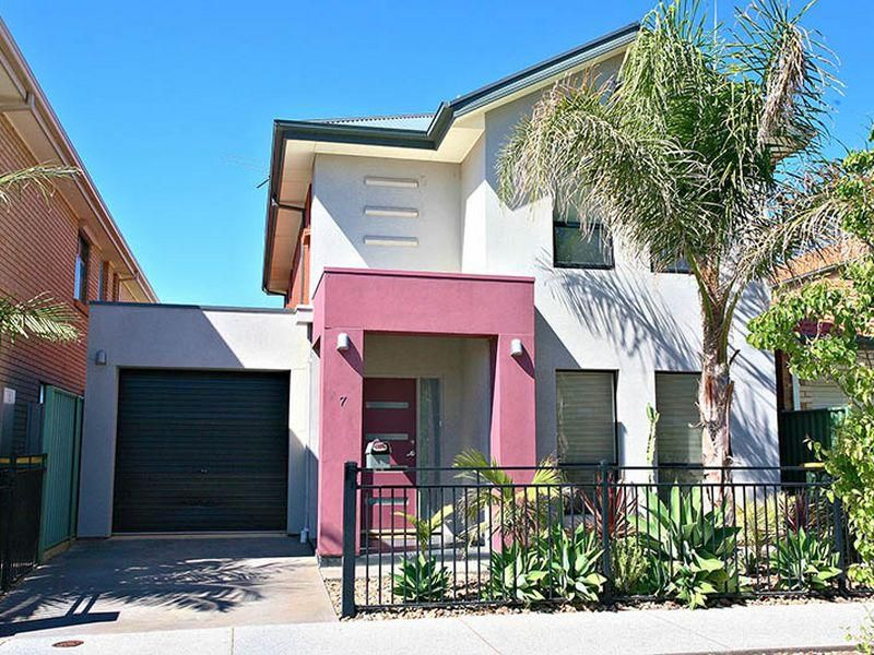 7 Reunion Lane, Mawson Lakes