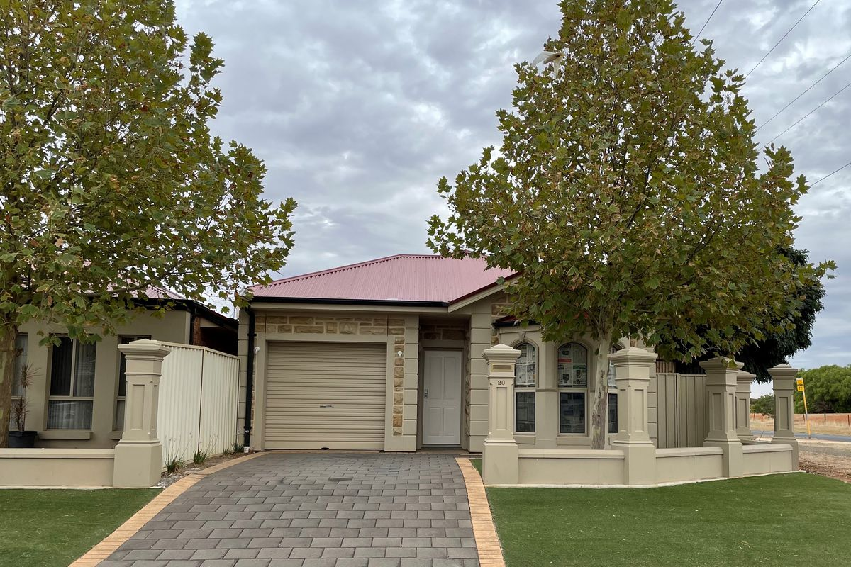 Beautifully presented 3 bedroom home with split system air-conditioning
