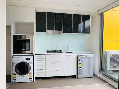 305 / 429 Spencer Street, West Melbourne