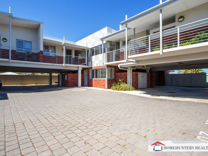 5 / 70 West Churchill Avenue, Lake Coogee