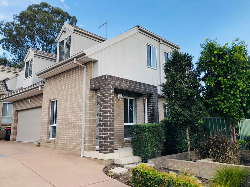 1 / 130 Parker Street, Kingswood