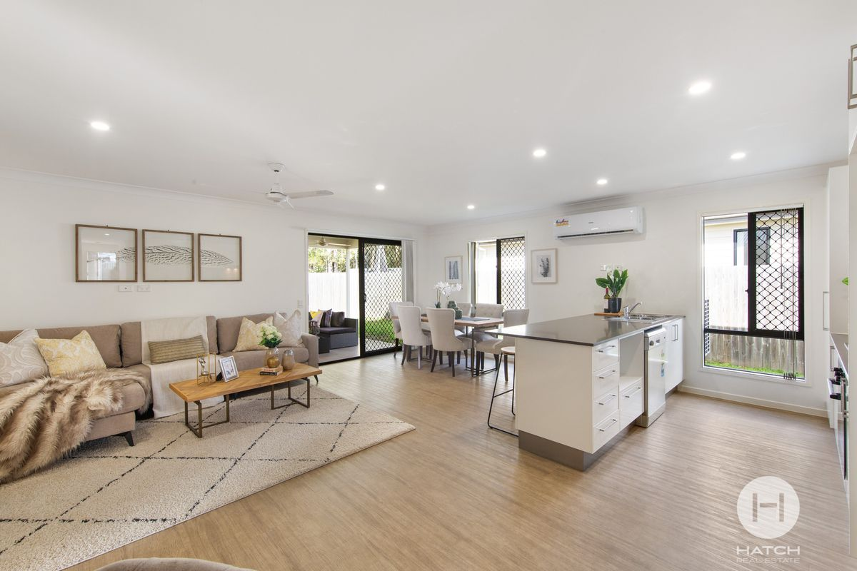 Spacious, Well Designed  Four Bedroom Home in Paddies Farm Estate In Regents Park School Catchment
