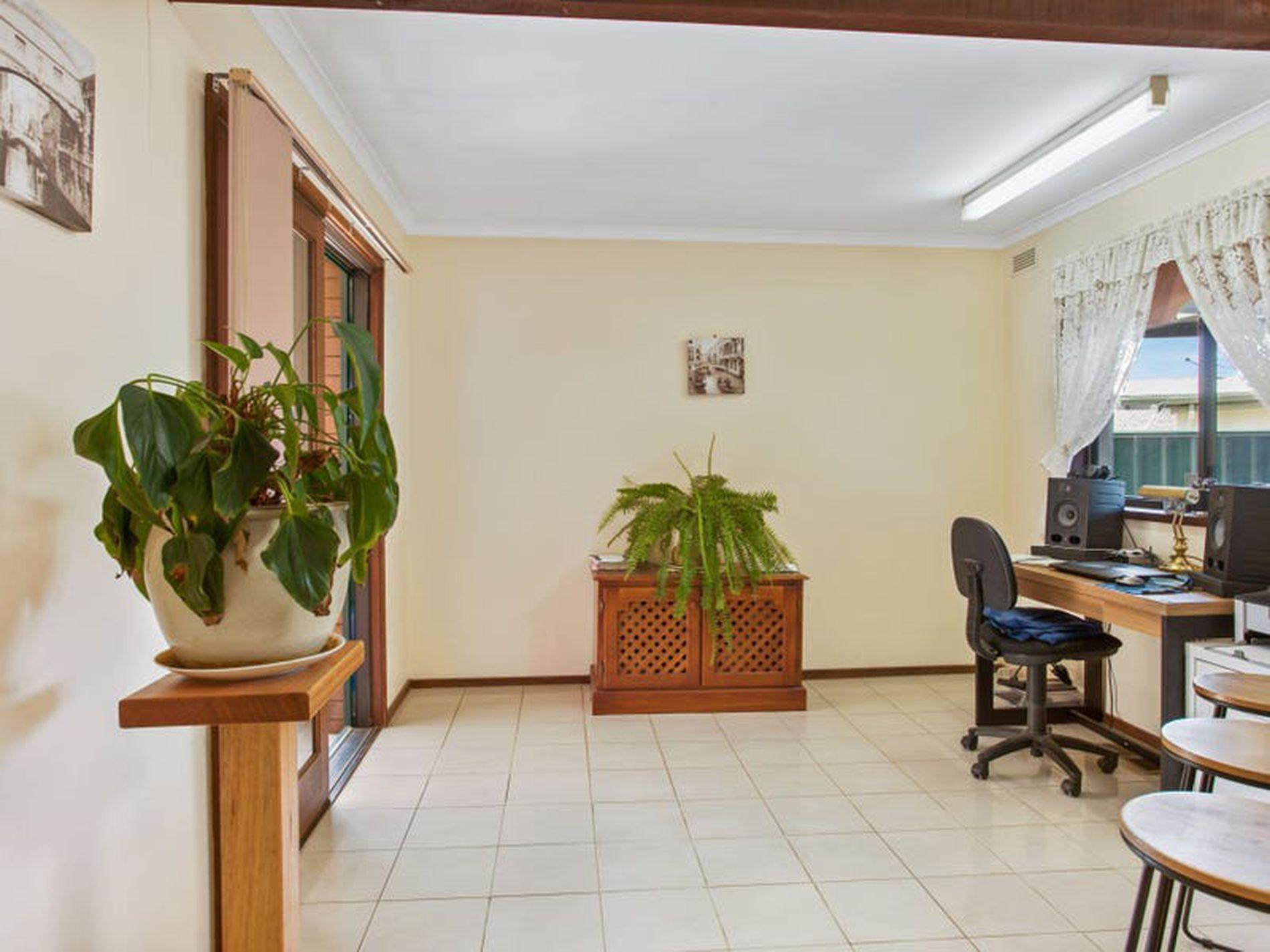 16 Tilson Grove, Wangaratta