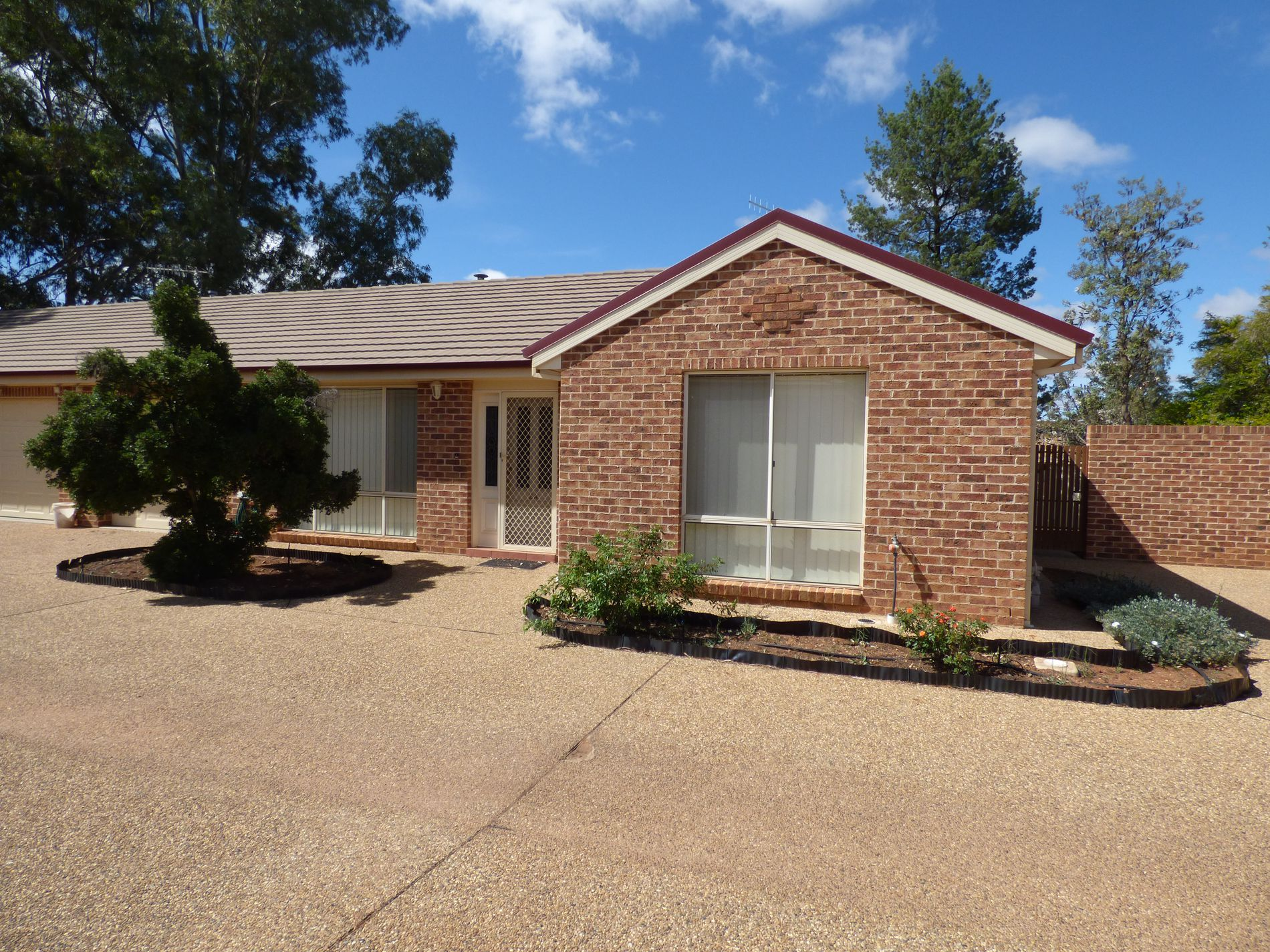 2A Ritchie Close, Griffith