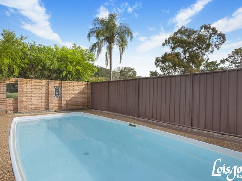 14 Brentwood Avenue, Point Clare