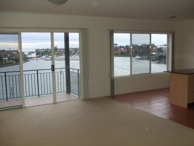36 / 5 Thompson Road, Patterson Lakes