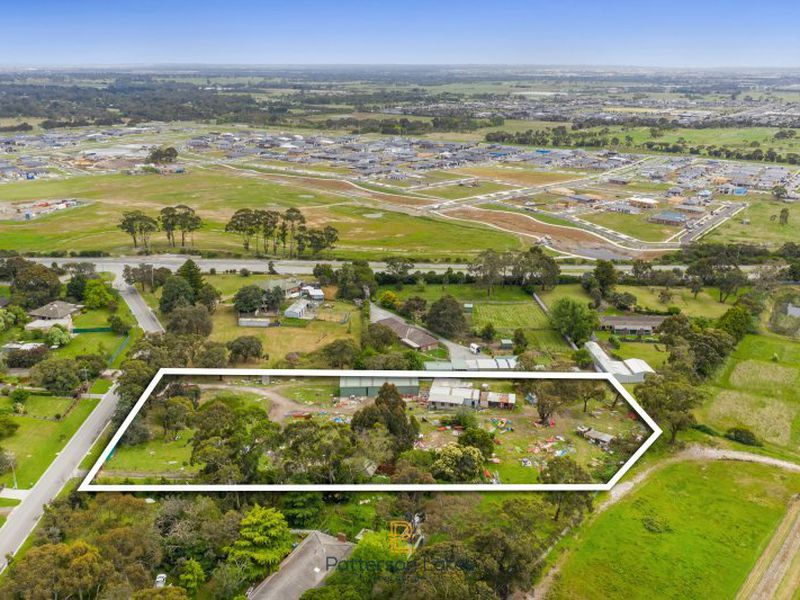 3A Chevron Avenue, Cranbourne South