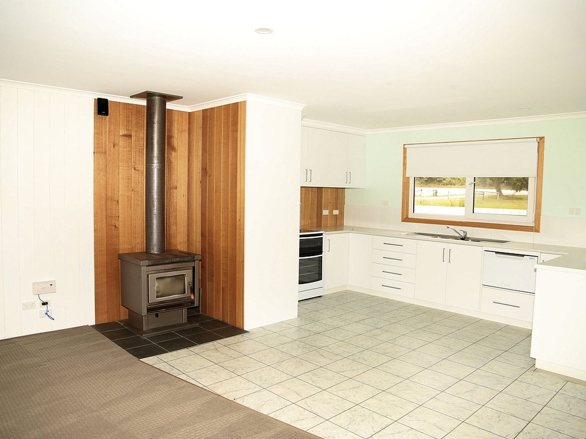 211 Old Stanley Road West, Smithton