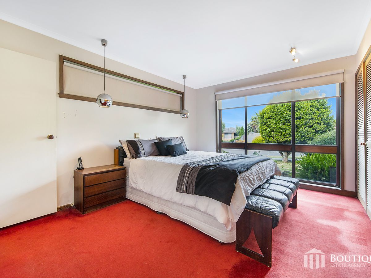 22 Outlook Drive, Dandenong North
