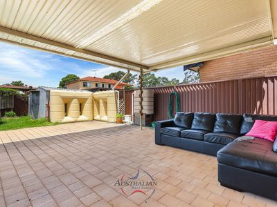 22 McCartney Crescent, St Clair