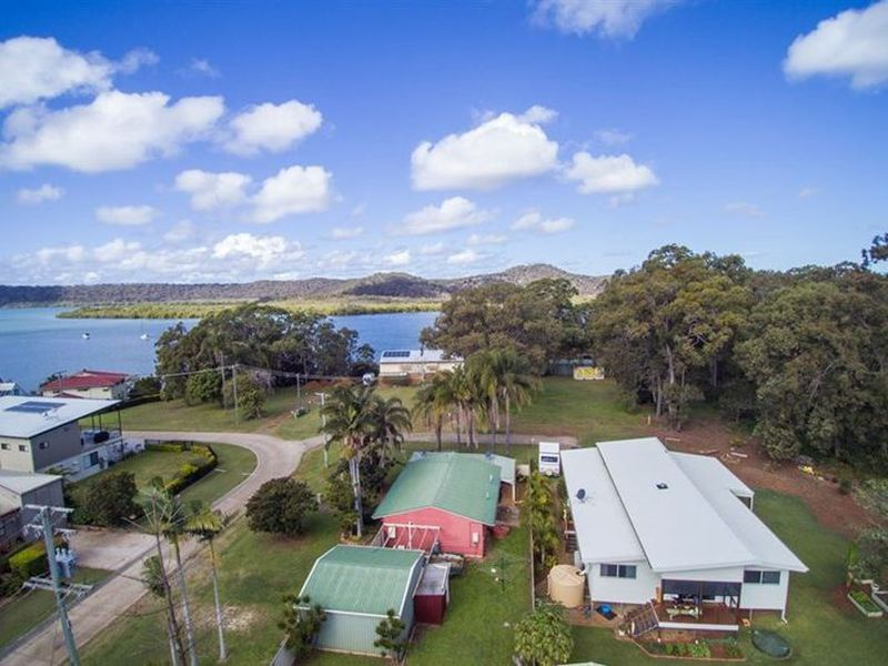 10 Aquarius Road, Russell Island