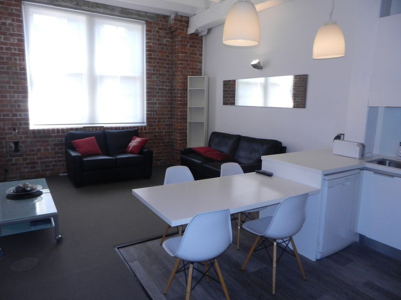 Two Bed Furnished Heritage Woolstore / 53 Vernon Terrace, Teneriffe
