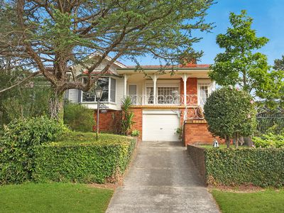 137 Mount Keira Road, West Wollongong