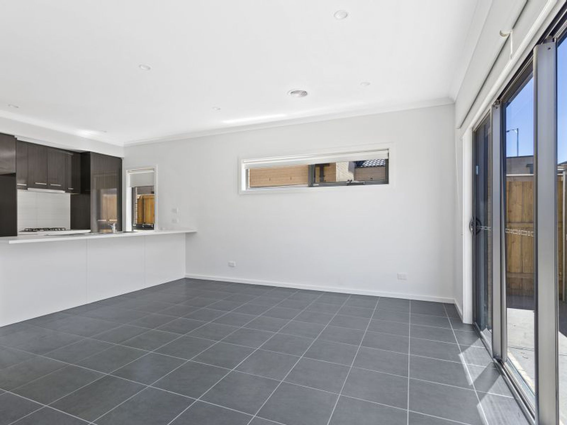 1 / 8 Mountview Drive, Diggers Rest