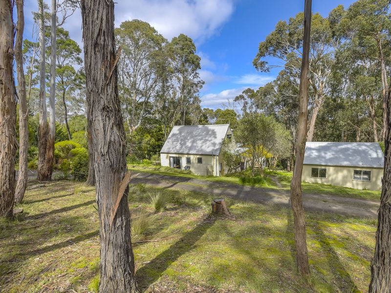 33 Blanche Parade, Mount Macedon