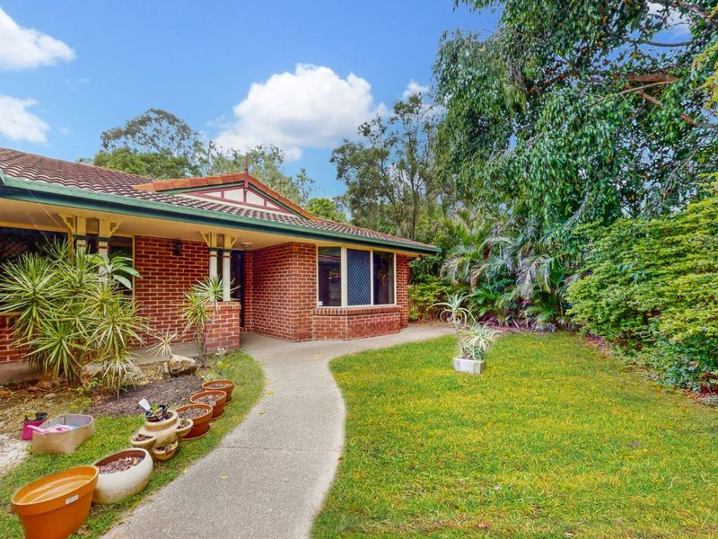 1 Lindsay Way, Brookfield
