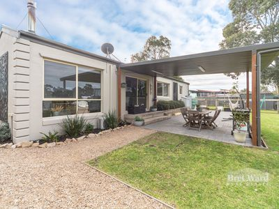 6 Lake Haven Ave, Newlands Arm