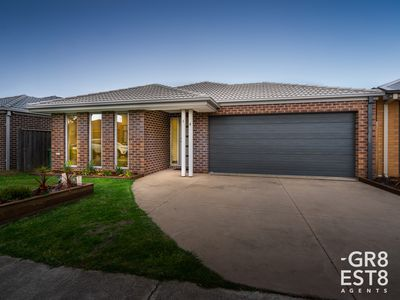 14 RED CAP DRIVE, Cranbourne West
