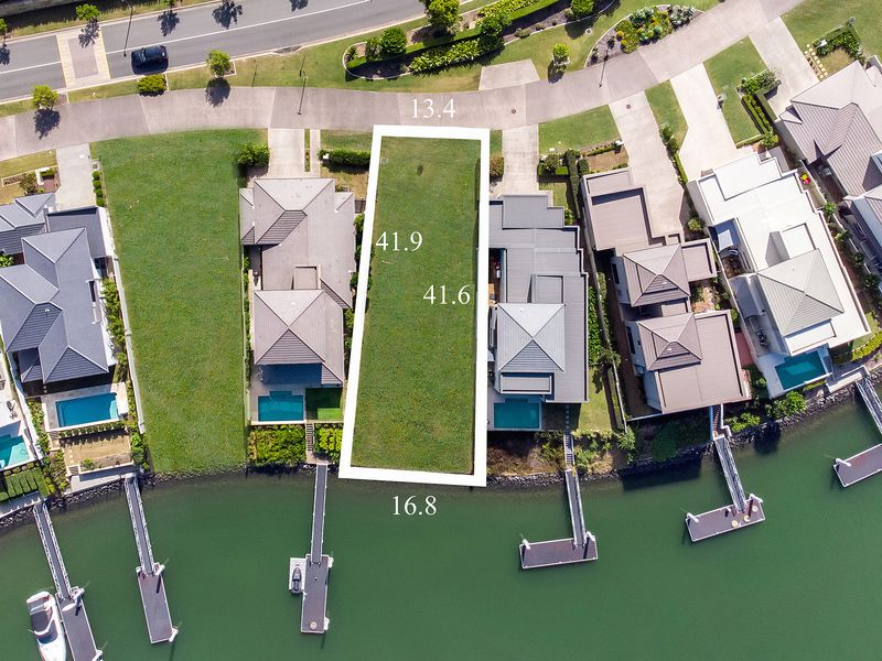 1072 Edgecliff Drive, Sanctuary Cove