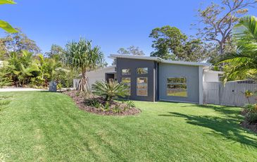 8 Dodonaea Close, Noosaville