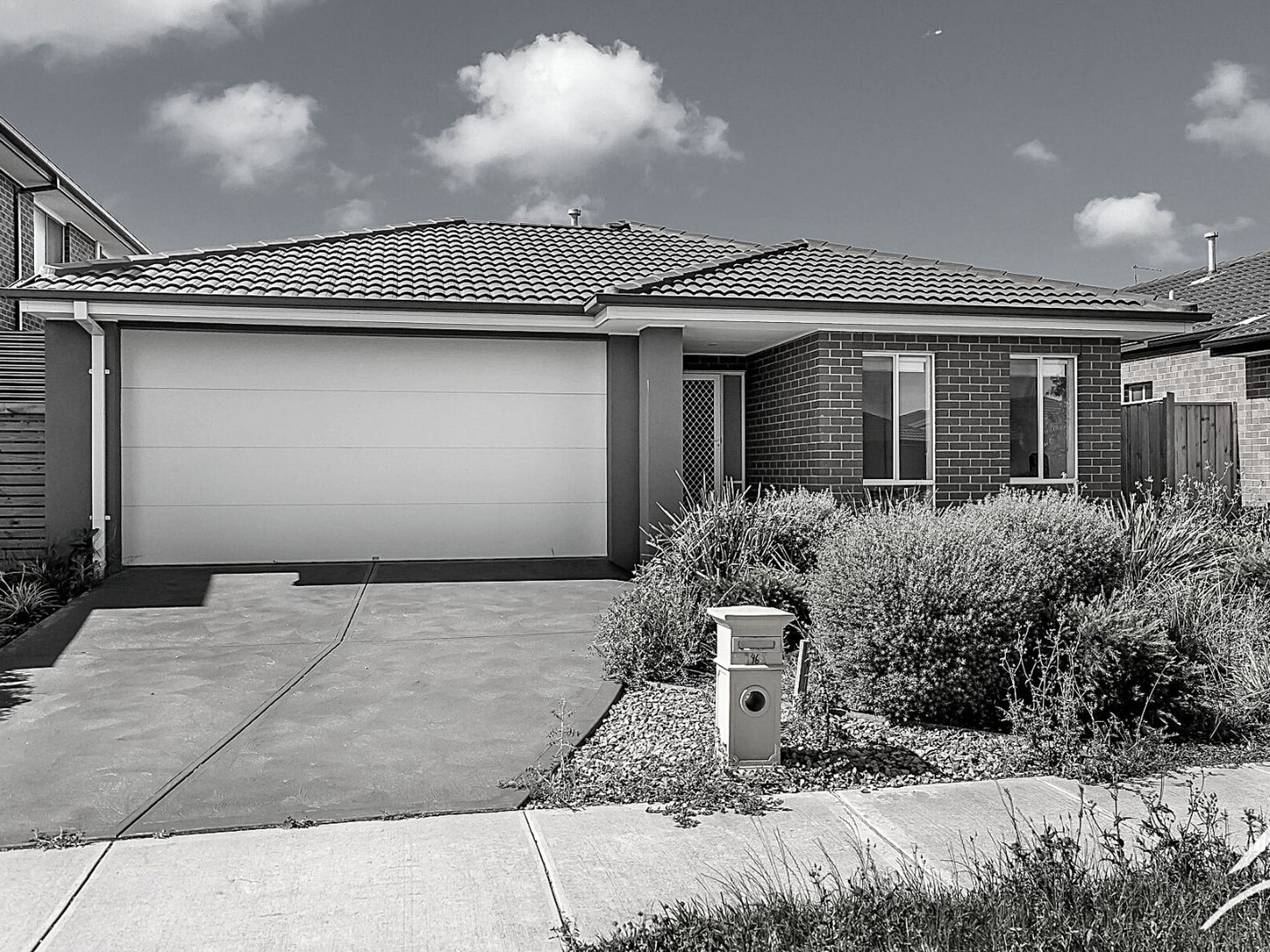 96 Grassbird Drive, Point Cook