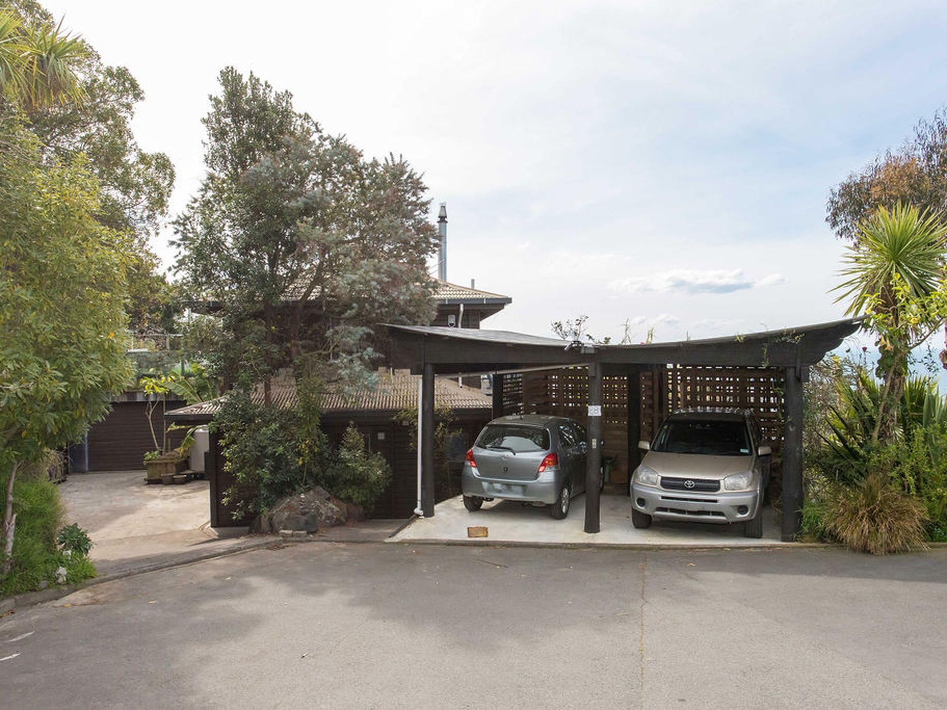8B Panorama Road, Clifton