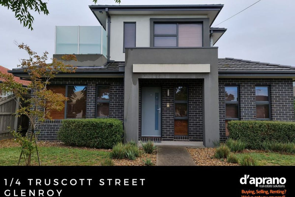 Spacious townhome just moments to West Street Village