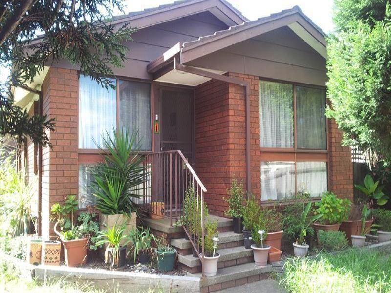 Unit 1 / 16 Kooyong Road, Geelong