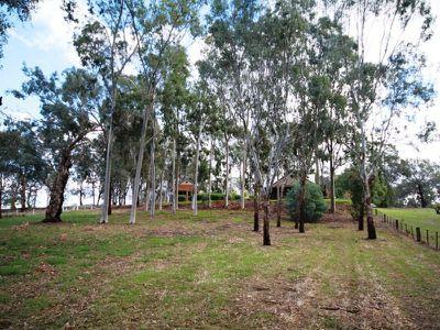 748 Yarrawonga Road, Wangaratta