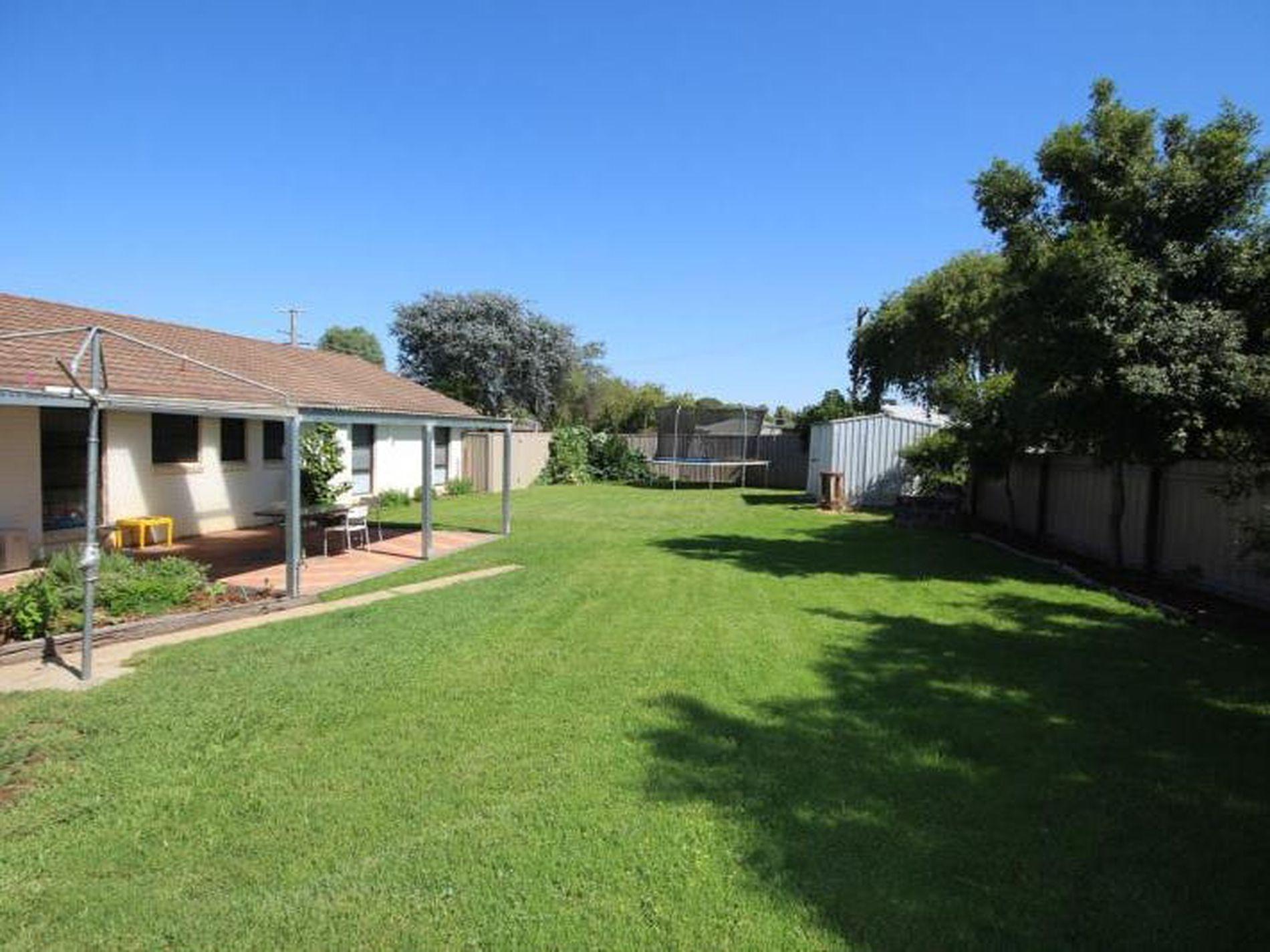 30 Rangeview Avenue, Wangaratta