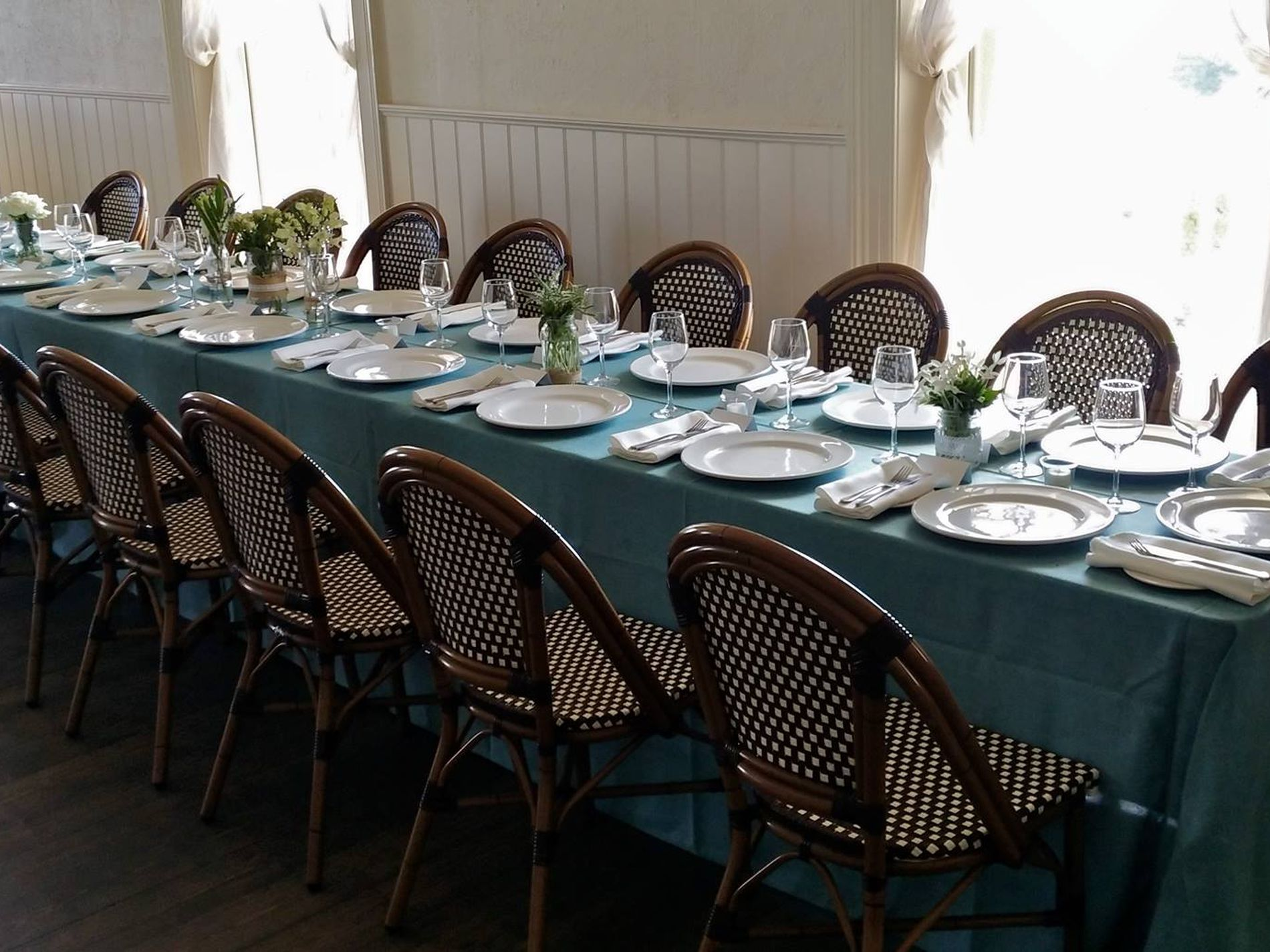 Linen Hire and Retail Business For Sale