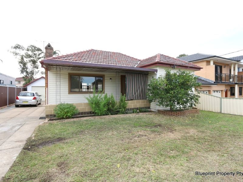 7 Meadows Street, Merrylands