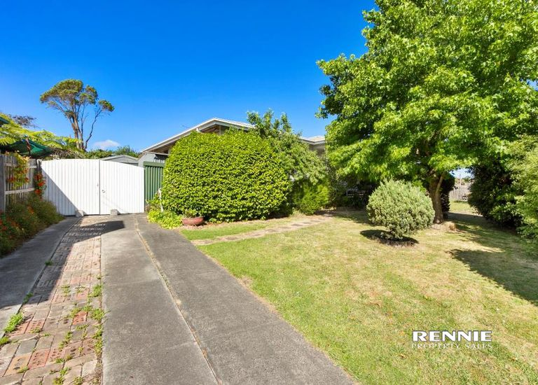 50 Churchill Road, Morwell