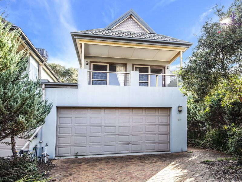 21 / 1 Greg Norman Drive, Point Cook