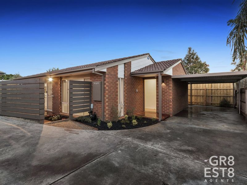 2 / 27 Amber Crescent, Narre Warren
