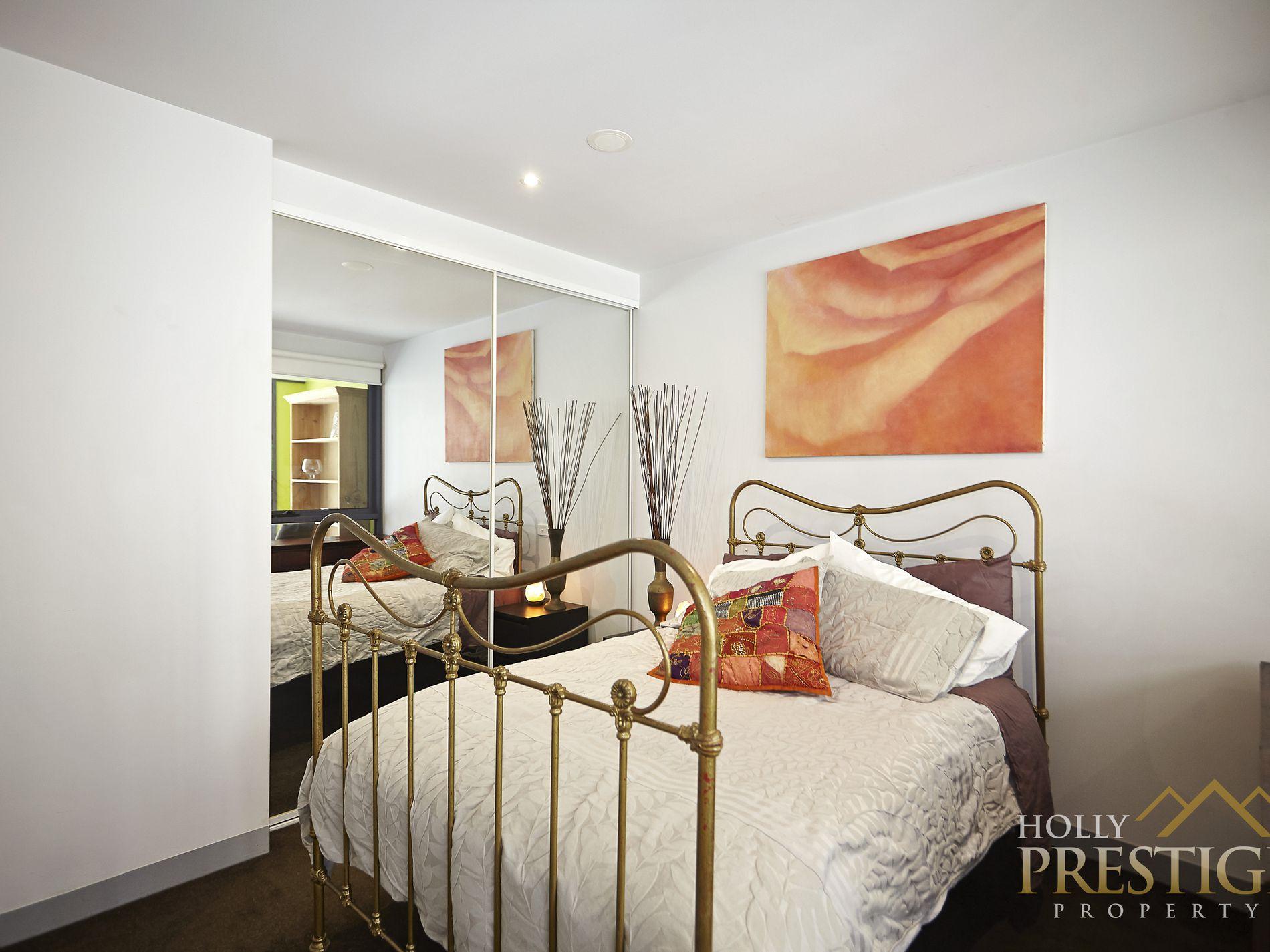 1408 / 555 Flinders Street, Melbourne
