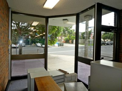 87 Snell Grove, Oak Park