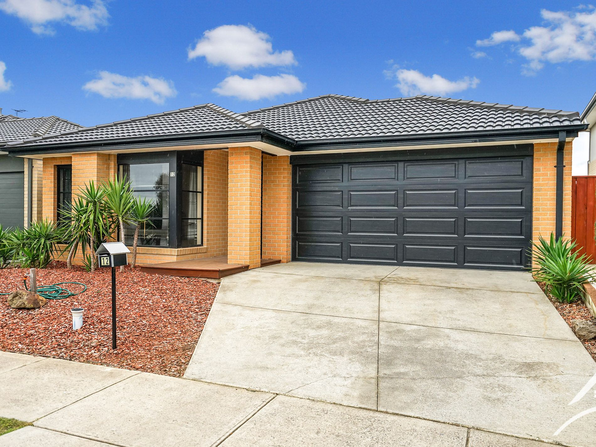 12 Featherbrook Drive, Point Cook