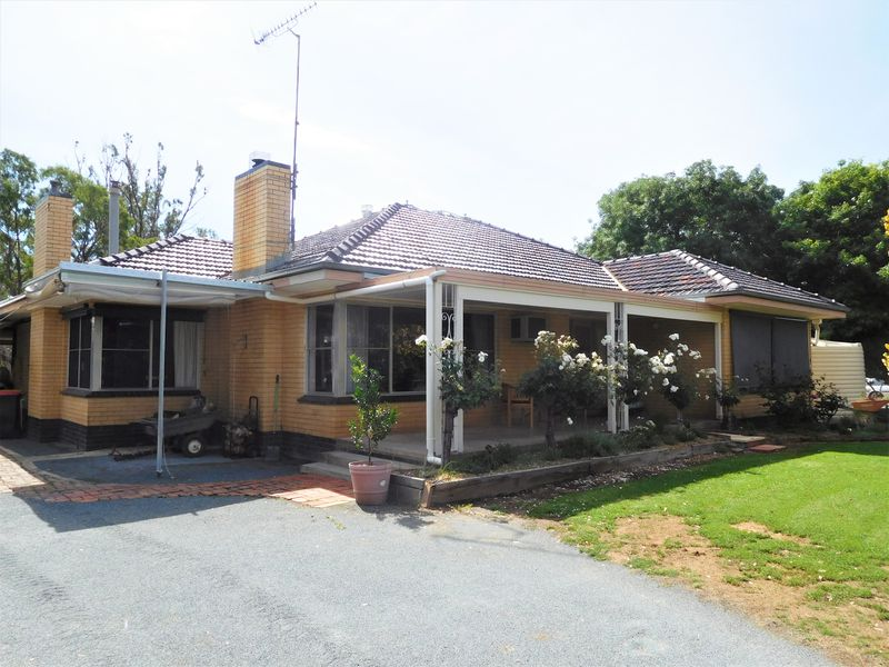 235 Mc Manus Road, Arcadia