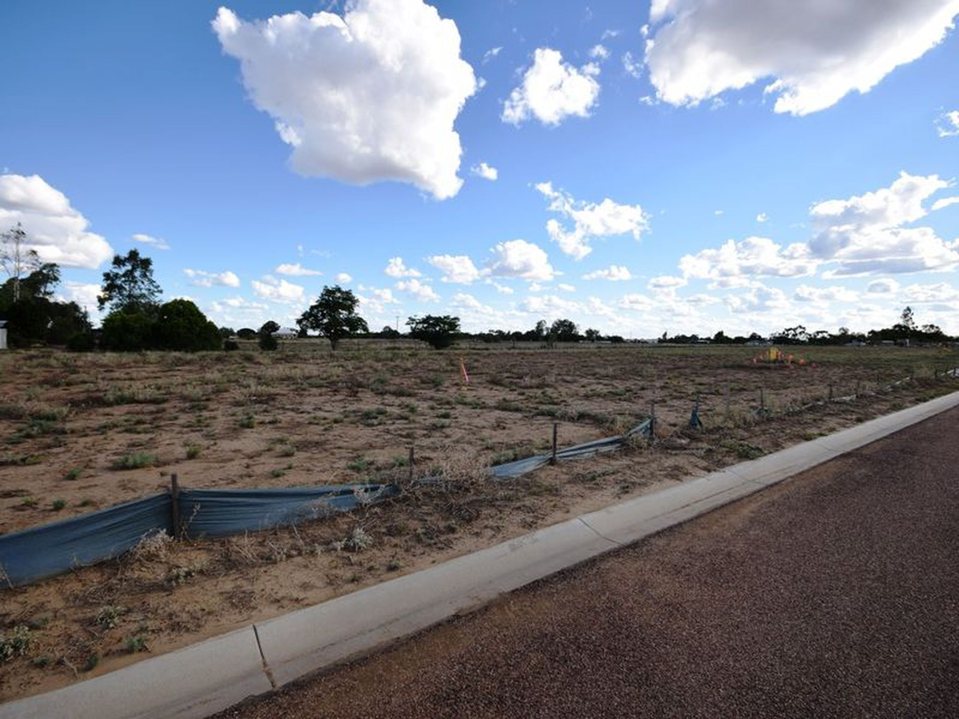 4 Little Curlew Court, Longreach