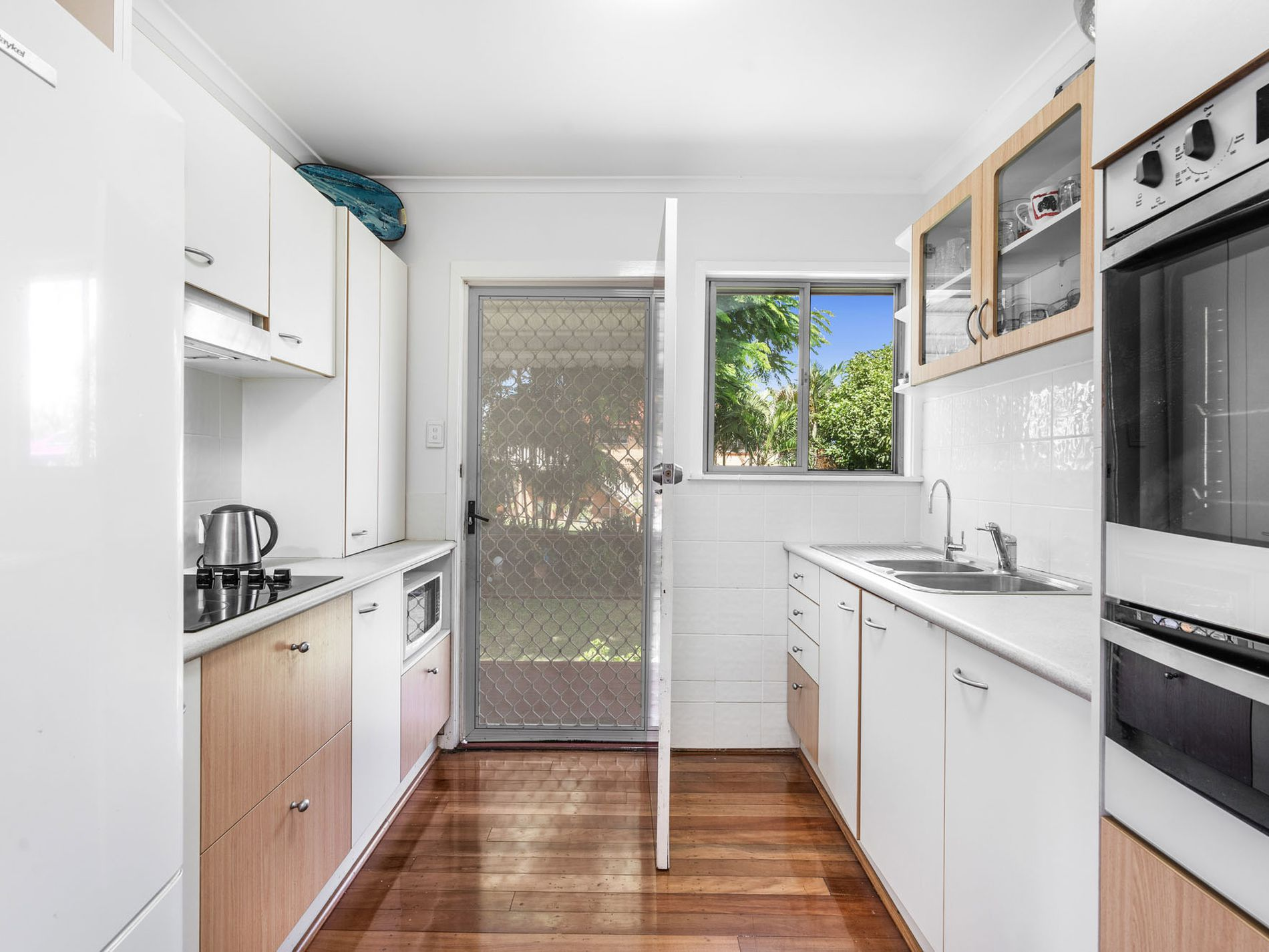 12 Edenderry Street, Manly West