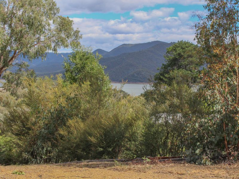 22 Fossickers Trail, Goughs Bay