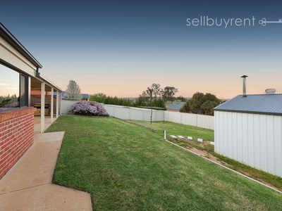43 FIRESTONE WAY, Wodonga